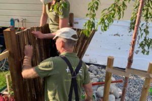 3. Montering av bambusgjerdet